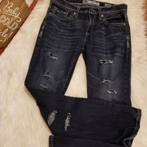Buckle Distressed jeans